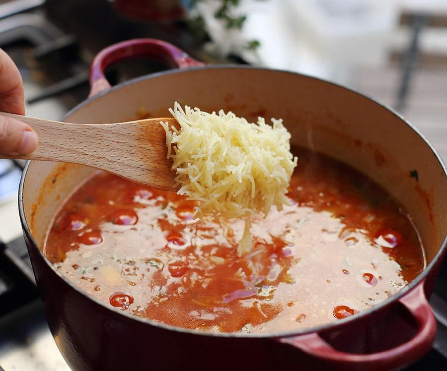 מרק עגבניות כפרי