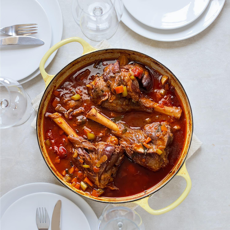 אוסובוקו טלה ביין אדום
